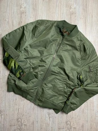 Куртка бомбер alpha industries ma-1 reversable camo sage bomber jacket