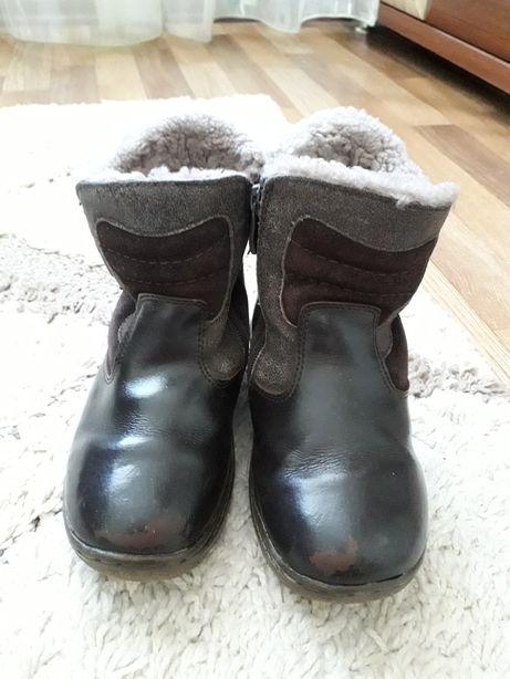 Зимові шкіряні ботинки