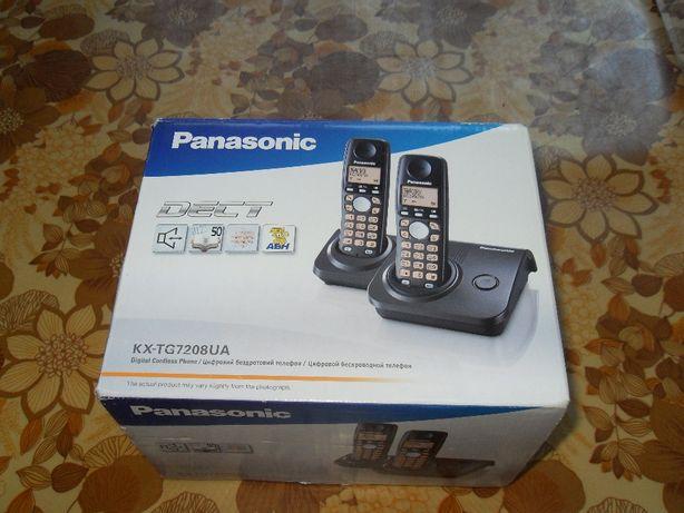 Радиотелефон Panasonic KX-TG7208UA