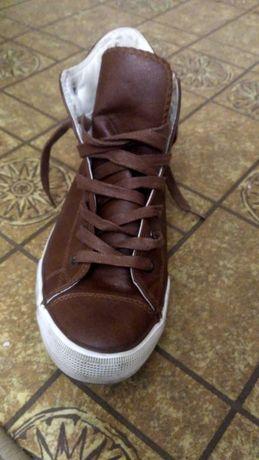 кроссовки с высоким голенищем
