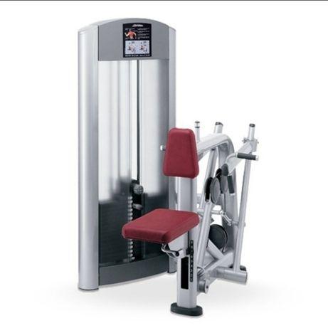 Maszyna plecy Life fitness Singature