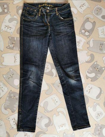 Продам  джинсы  по 50 грн