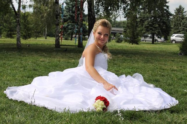 Продам шикарное, очень нежное, эксклюзивное свадебное платье