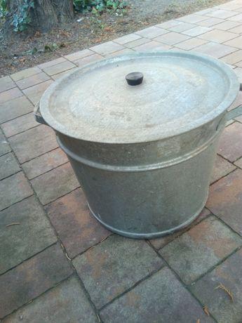 Kocioł ocynkowany do gotowania pościeli, weków lub jako ozdoba ogrodu.