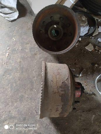 Тормозной барабан со ступицей
