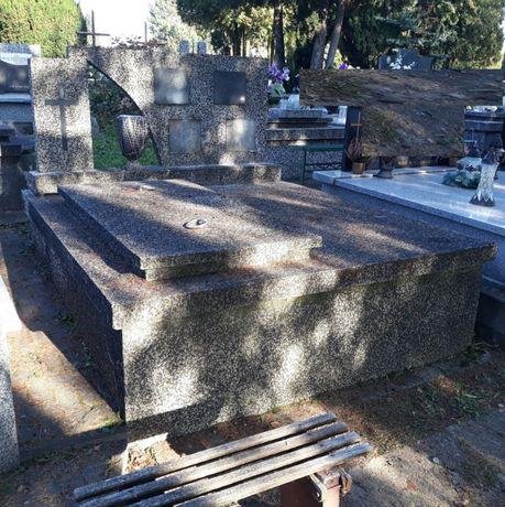 Nagrobek/grobowiec granitowy 4-osobowy