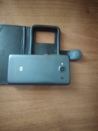Xiaomi redmi 2 1/8+флешка