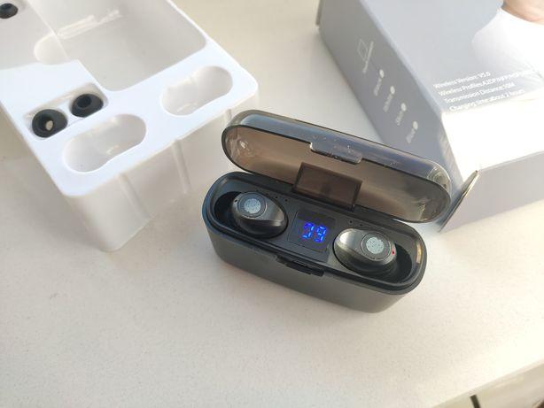 Słuchawki bezprzewodowe f9 tws, użyte raz. Mocna bateria.