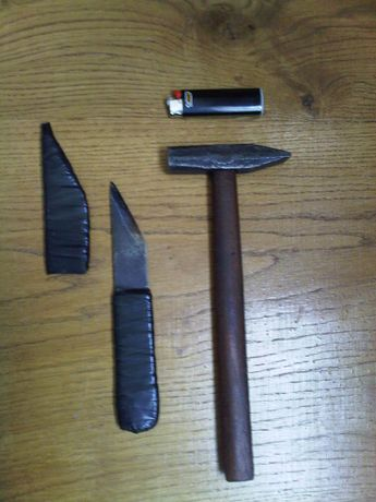 Продам молоток, сапожный нож