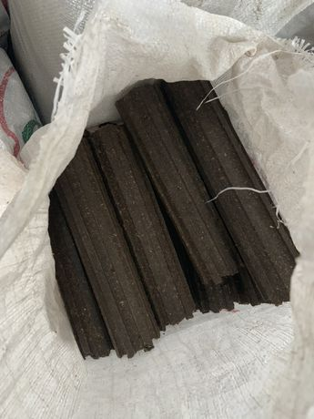 Брикеты 2300 грн/тонна