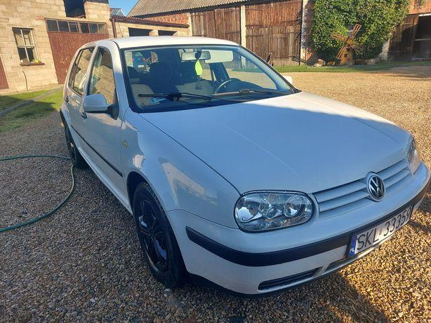 VW golf 4 benzyna 1.4 16v. Rok 1999