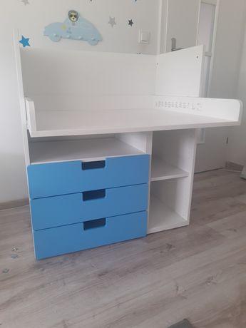 Biurko IKEA.    .