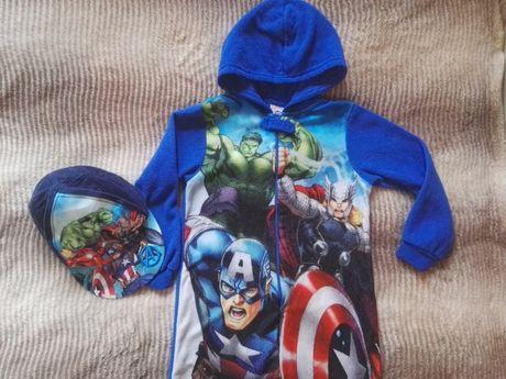 Kombinezon Avengers 128 + czapka z daszkiem polarowy piżama do spania