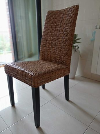 Cadeiras em folha de bananeira Ikea