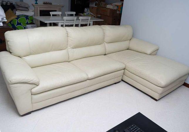 Sofá de 3 lugares com chaise longue