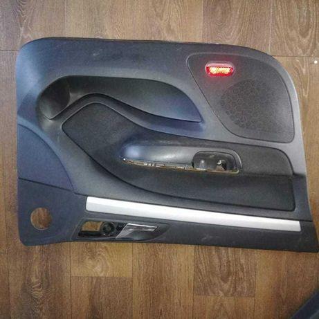 Boczki drzwi przednich skoda octavia2 2007r.