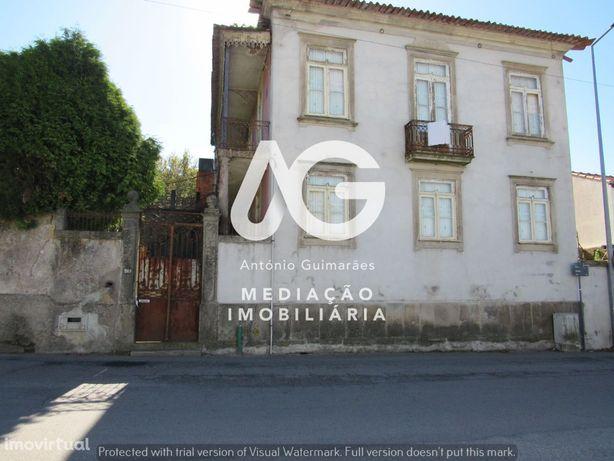 Propriedade Centenária em Grijó