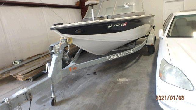 Лодка Crestliner 1750 sport angler