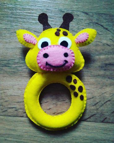 Іграшка брязкальце з фетру ручної роботи