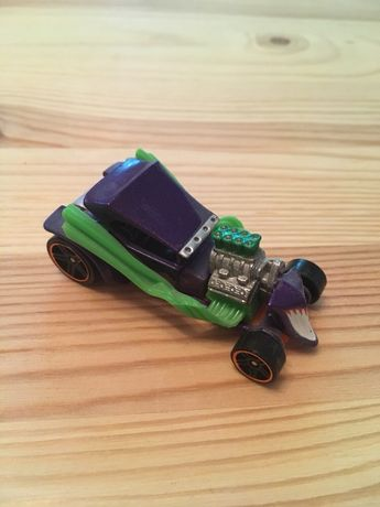 Машинка Hot Wheels DC Joker