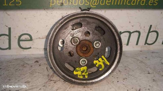 1J0422154A  Bomba de direcção VW GOLF IV (1J1) 1.9 TDI AHF