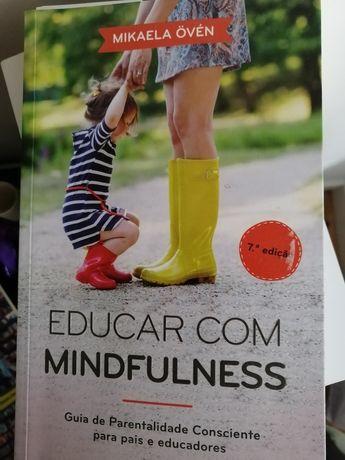 Livro Educar com Mindfulness