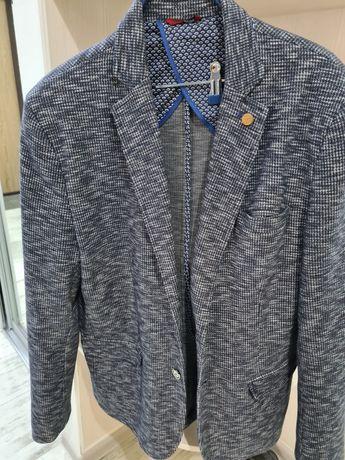 Пиджак мужской размер L(54)