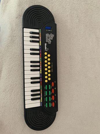 Piano teclado a pilhas com 15Demos