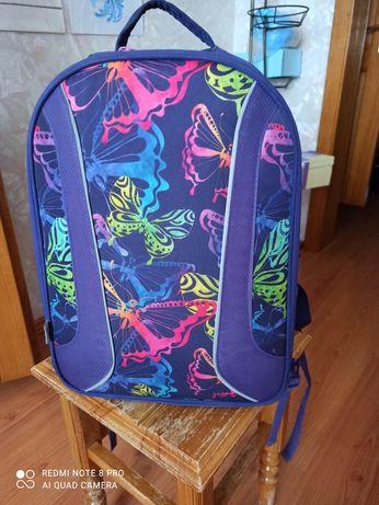 Продается Рюкзак школьный для 4-6 класса