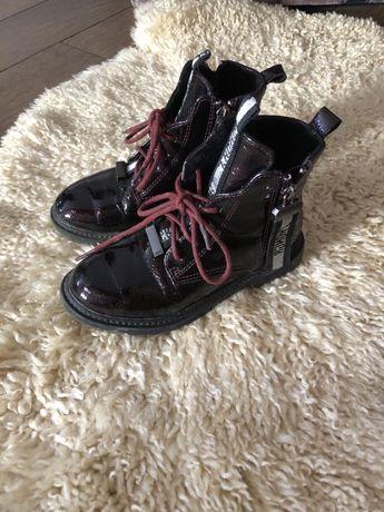 Детскые ботинки