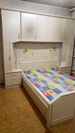 Продам 2сп кровать гарнитур