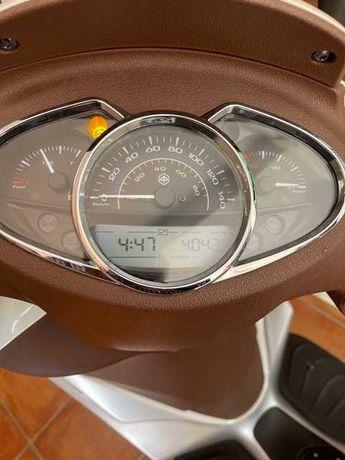 Piaggio 125 Medley ABS como nova.