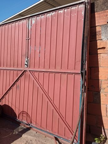Portão garagem basculante
