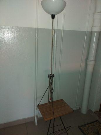 Lampa stojaca z kloszem