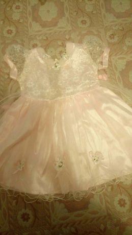 Продам нарядное платье для утренника в детском саду на ребенка 5 лет.