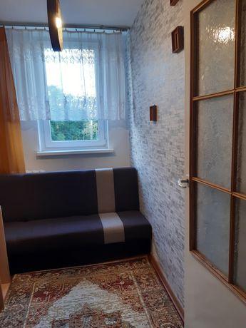 Pokoj w mieszkaniu 3 pokojowym