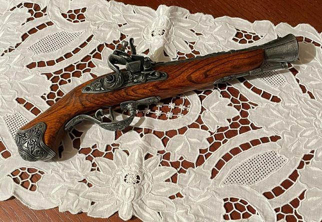 Réplicas de armas antigas