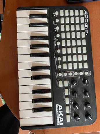Teclado Midi Akai APC key 25
