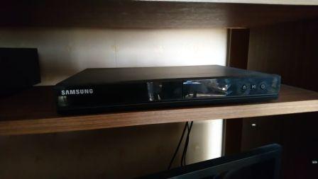 DVD Samsung (czarny)