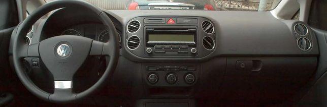 Volkswagen Golf 5 V Plus deska kokpit konsola oryginał