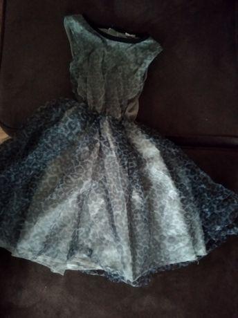 Sukienka dziewczęca nowa