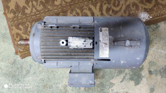 Silnik Sew 2.2 kW 940 r/min