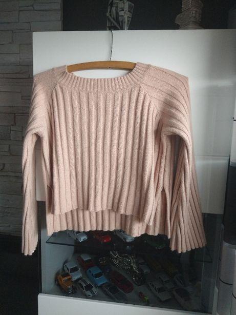 sweterem M