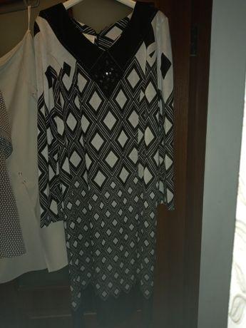 Платье черно-белое 54-56 размер