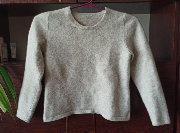 Серый кашемировый джемпер свитер