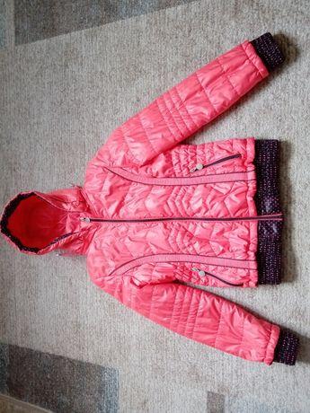 Демисезонная курточка на 10-11 лет, идеал