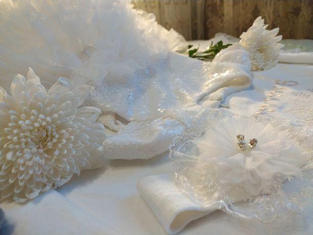 Платье пышное праздничное  на крещение 62-68 р+бодик  ,шубка