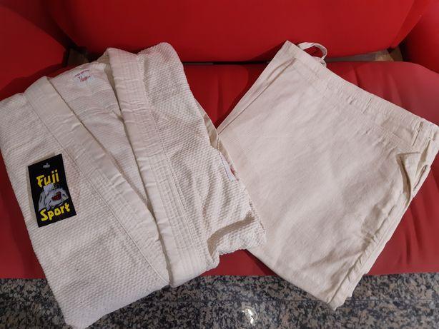 Fato de judô Fuji nunca usado ,cor cru, tamanho XL