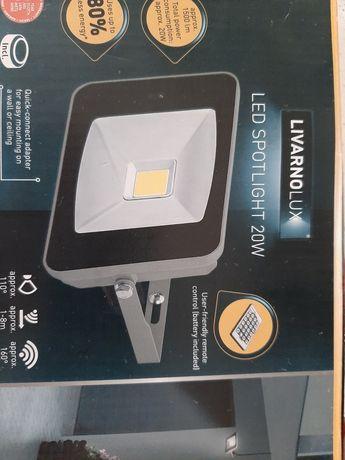 Reflektor LED 20 W