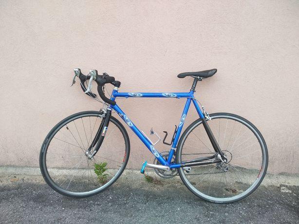 Bicicleta estrada T60